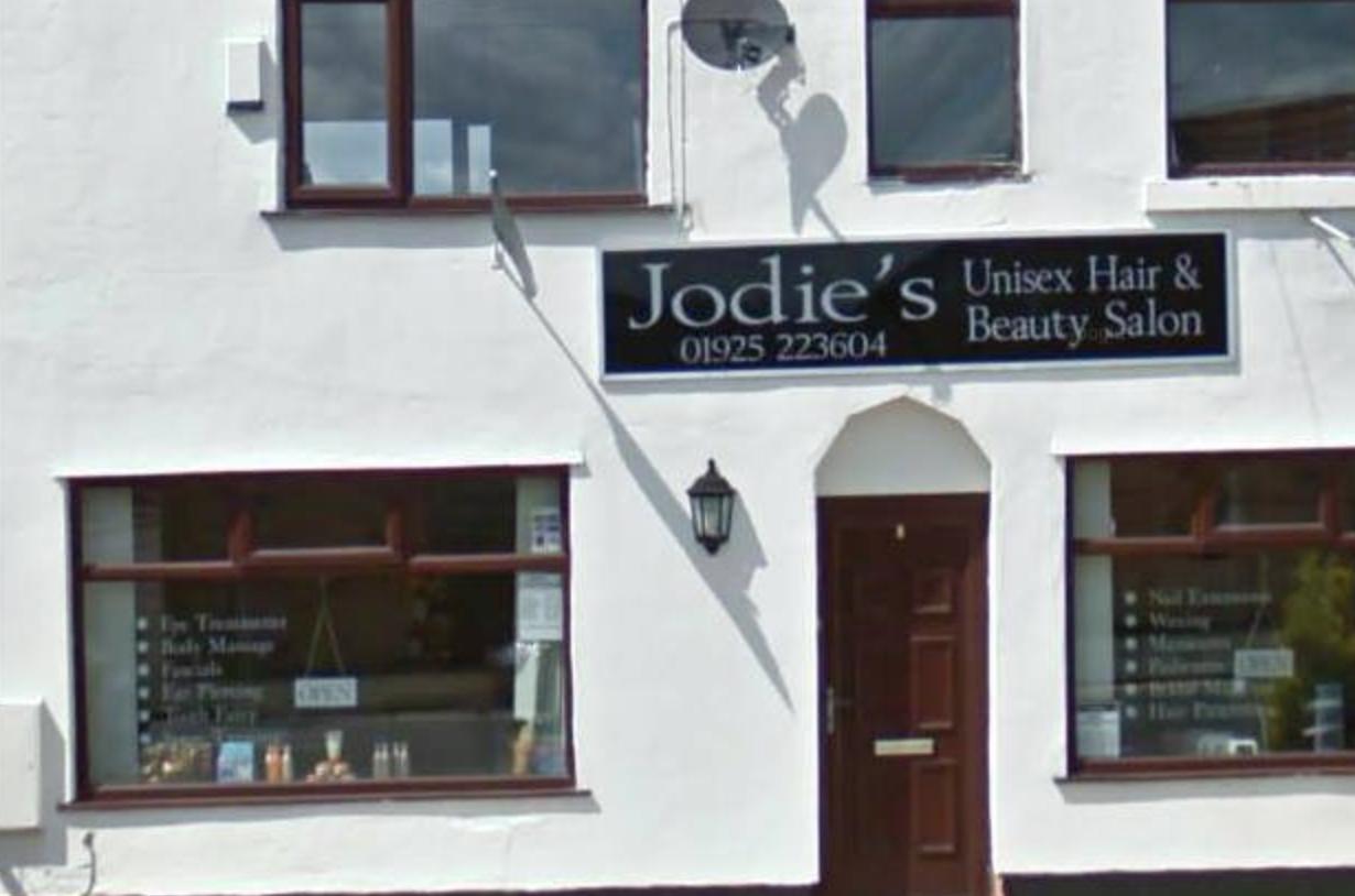 Jodies hair beauty salon in newton le willows salonspy uk for Salon le 58